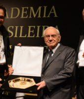 Merito Academico - Ozires Silva